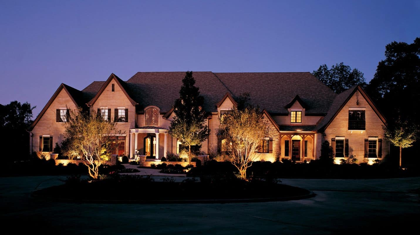 Outdoor landscaping lighting by roma landscape design for Exterior lighting design